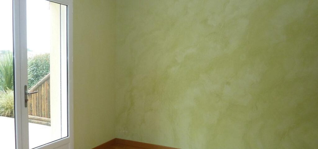 Calcelatte, parete terra verde
