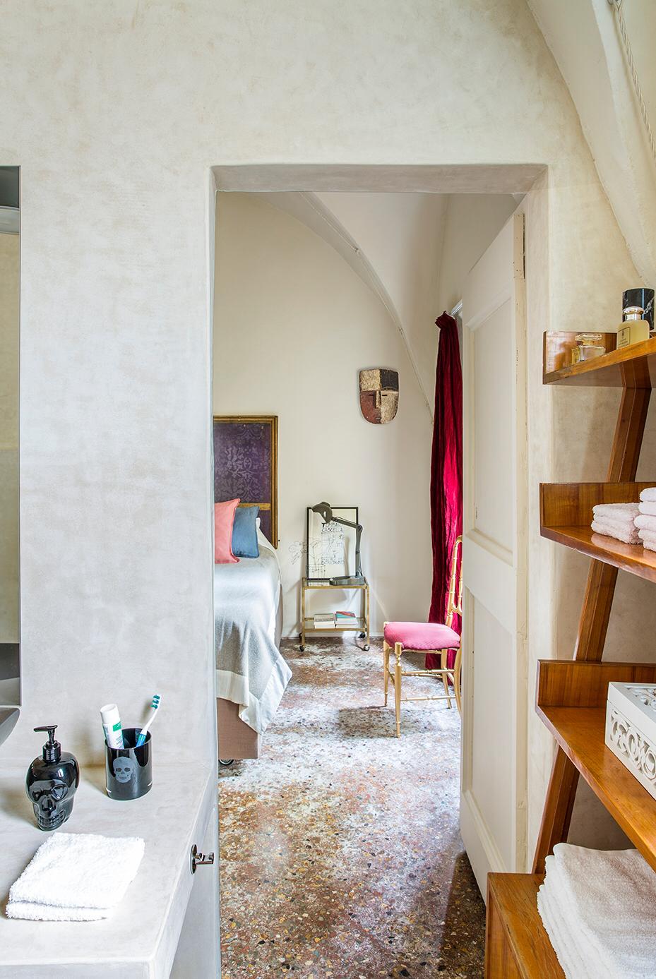 bagno in tadelakt in abitazione privata a Bologna