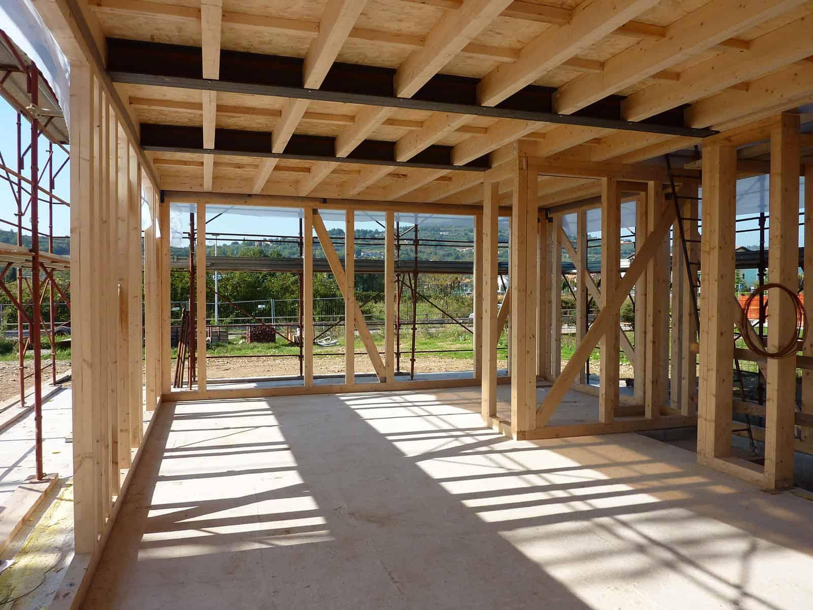 casa in paglia e legno e calcecanapa