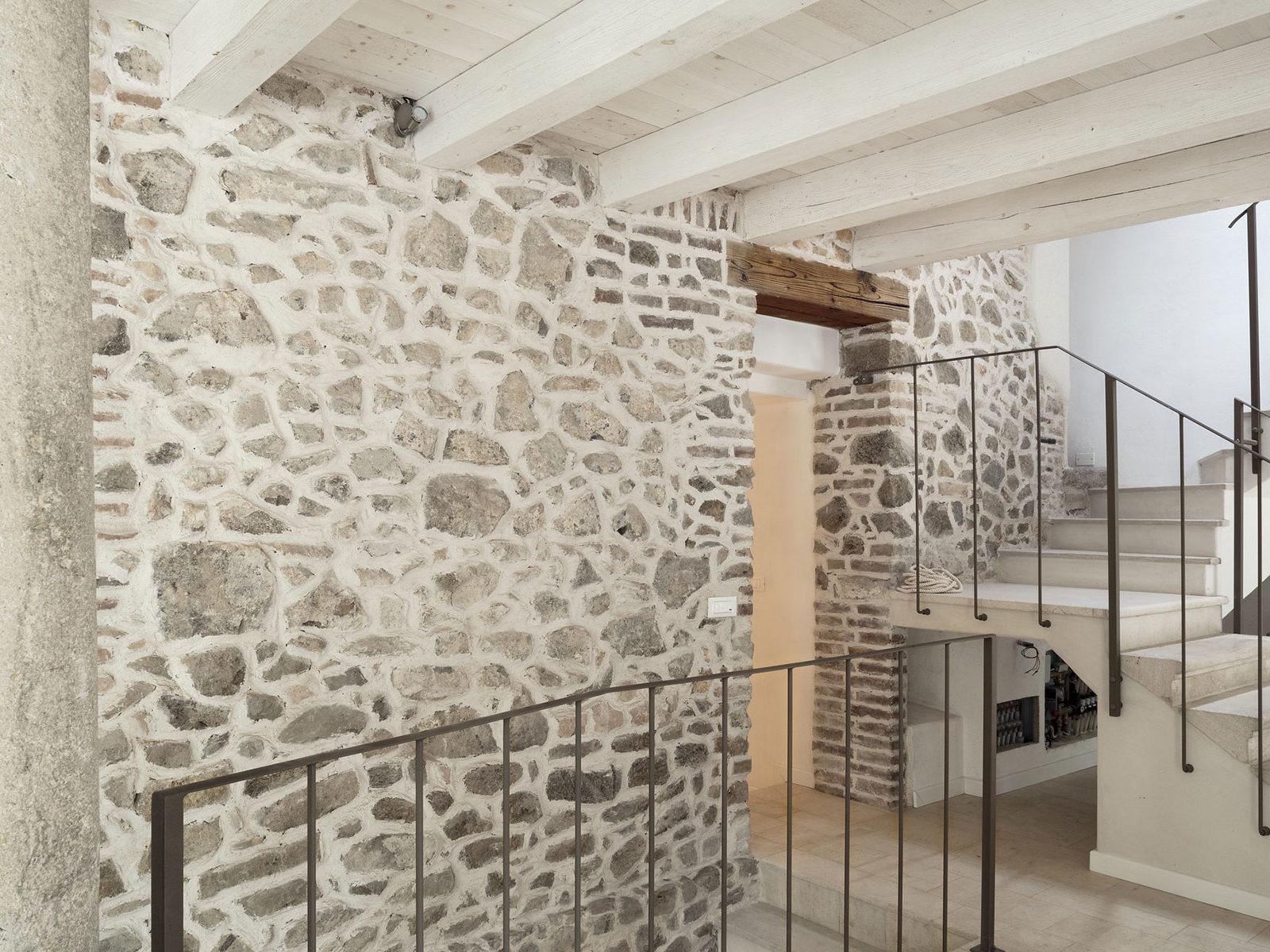 ristrutturazione casa in sasso