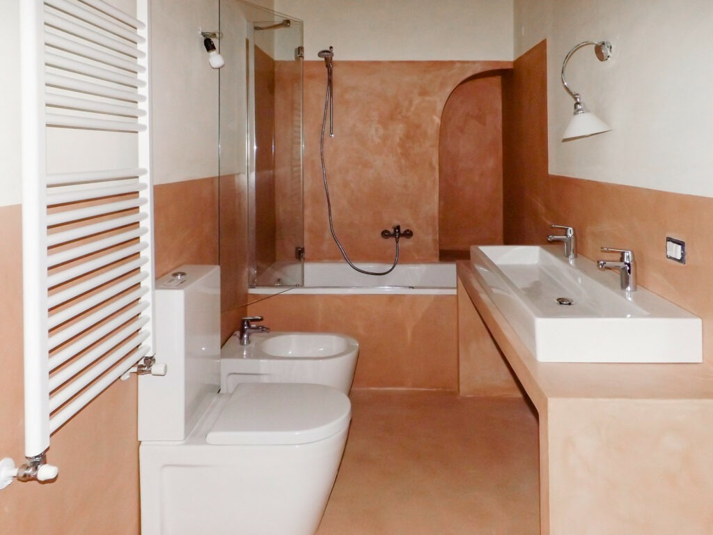 bagno in cocciopesto